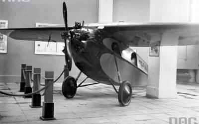 Samolot RWD-3 z silnikiem Genet i śmigłem Szomańskiego